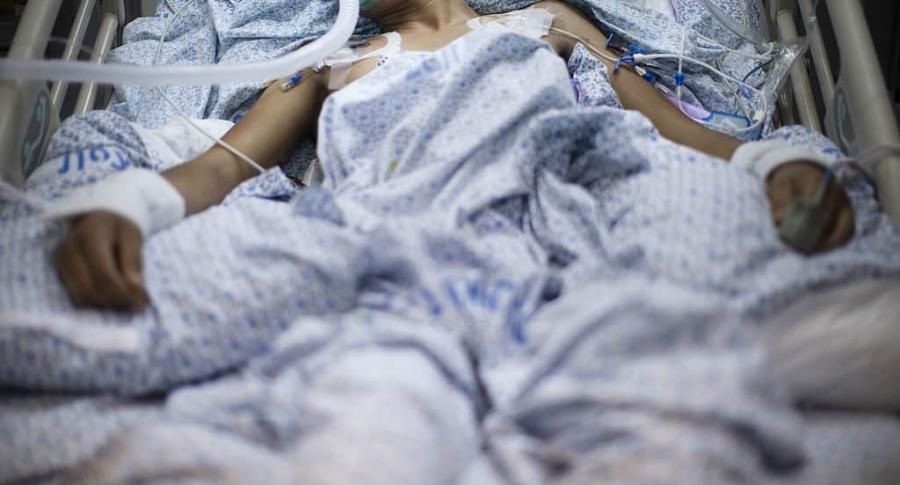 Hombre hospitalizado. Pulzo.com