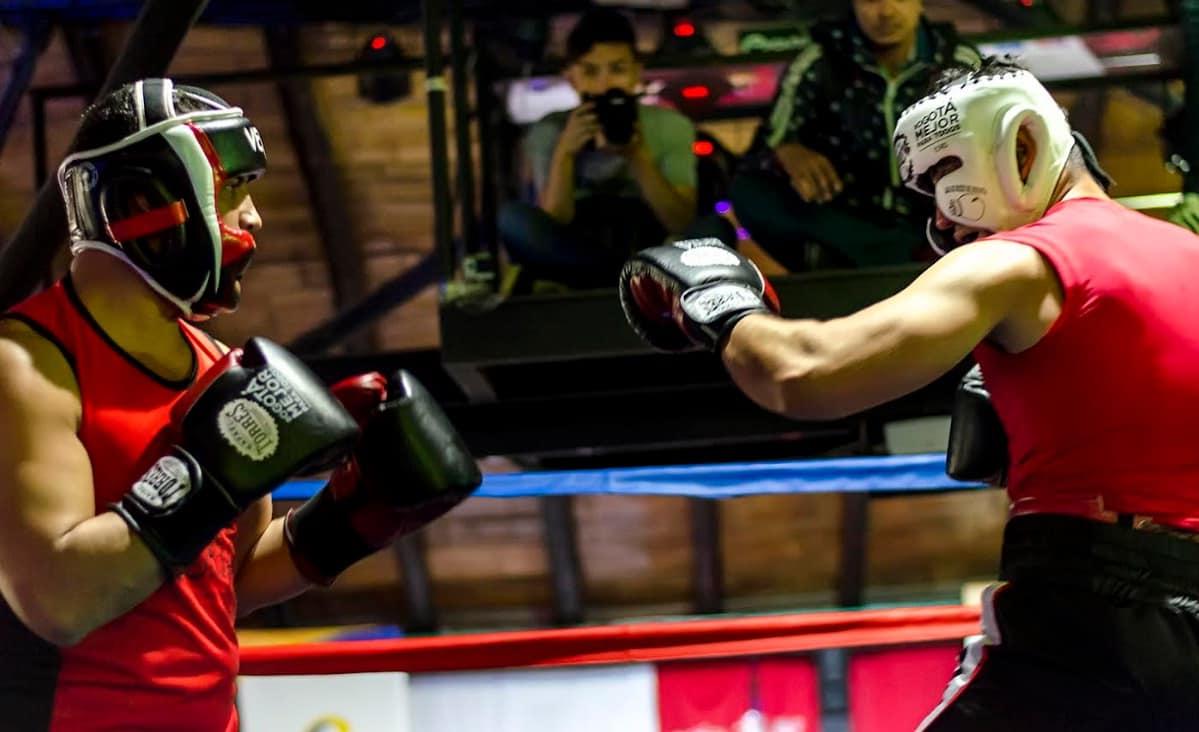 Giancarlo Mendoza en combate
