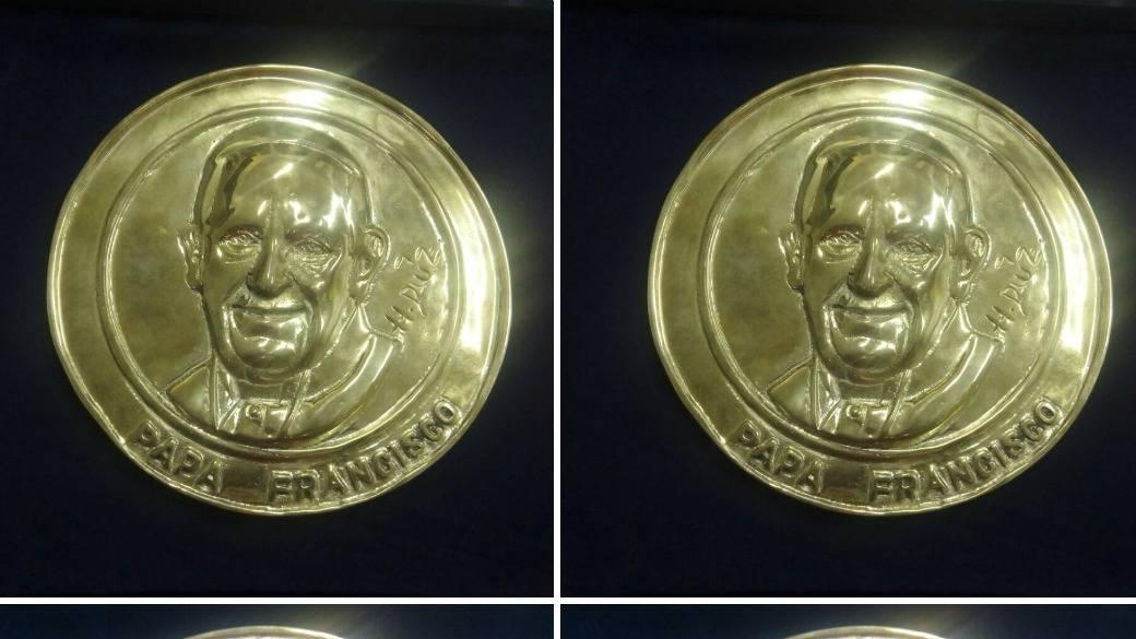 Moneda del papa Francisco