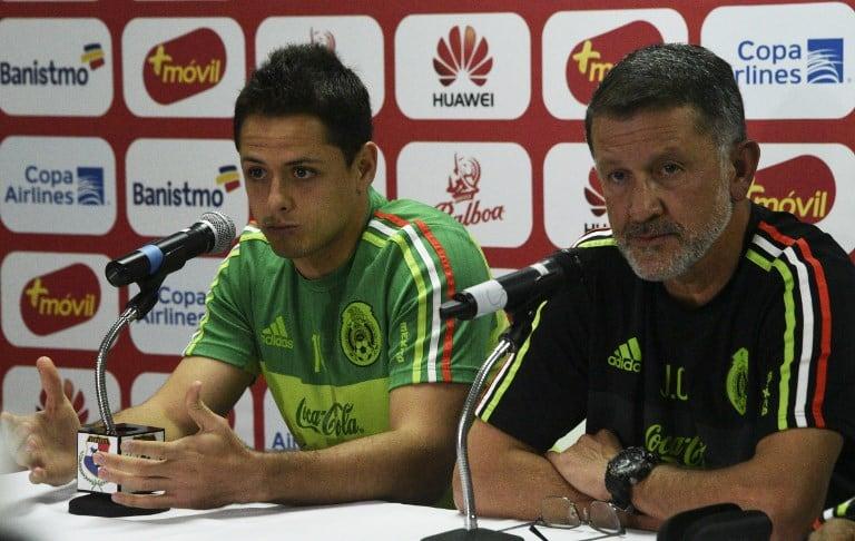 Chicharito Hernández y Juan Carlos Osorio