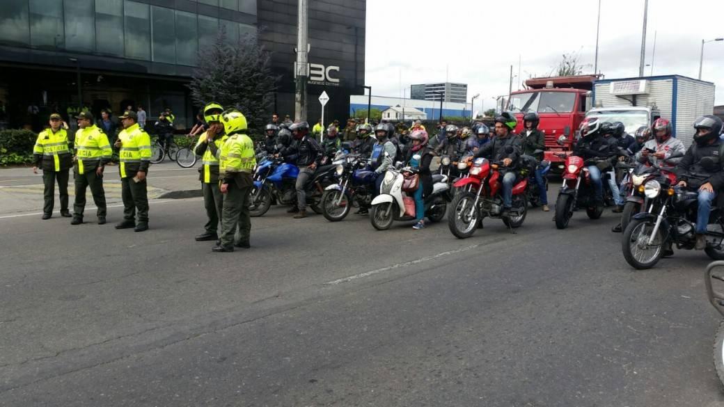 Protestas en la Avenida Cali con calle 26