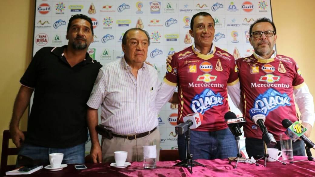 Presentación de 'Cheché Hernández'.
