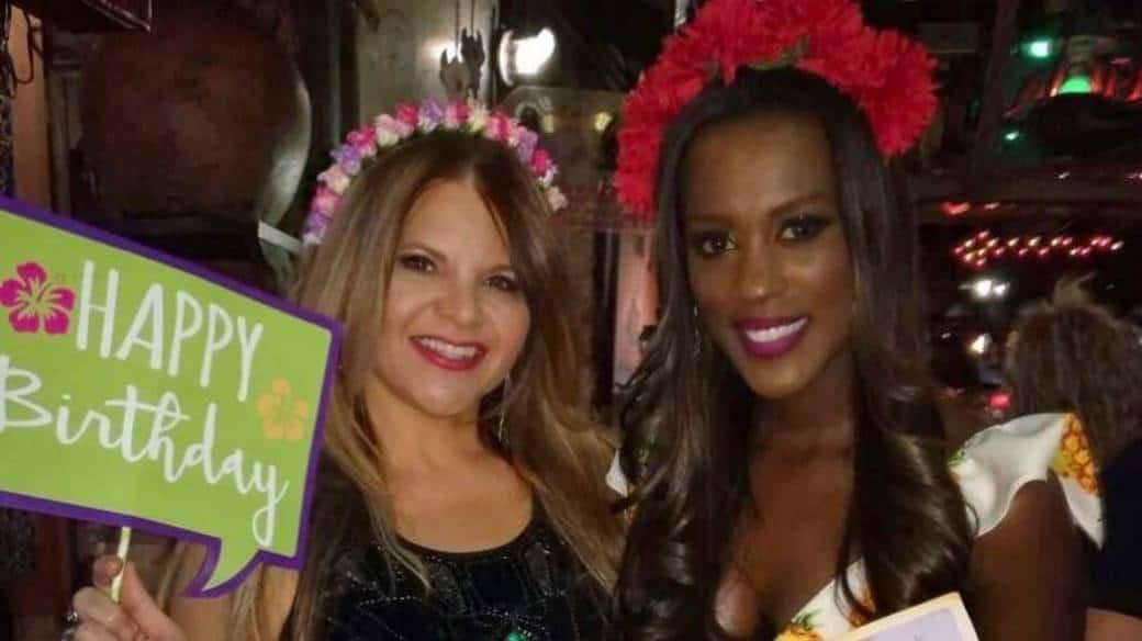 Diva Jessurum y Claudia Lozano, presentadoras de Caracol.