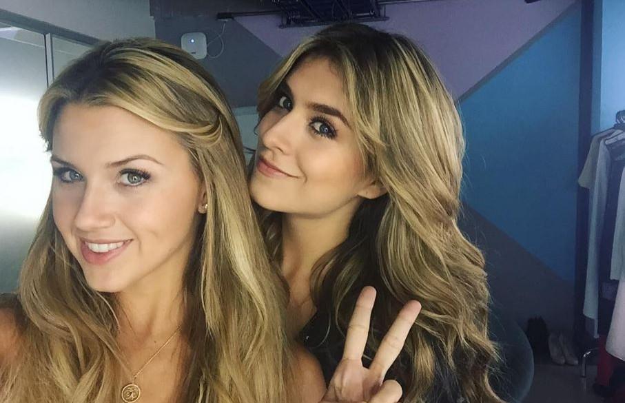 Catalina Uribe y Laura Tobón, presentadoras.