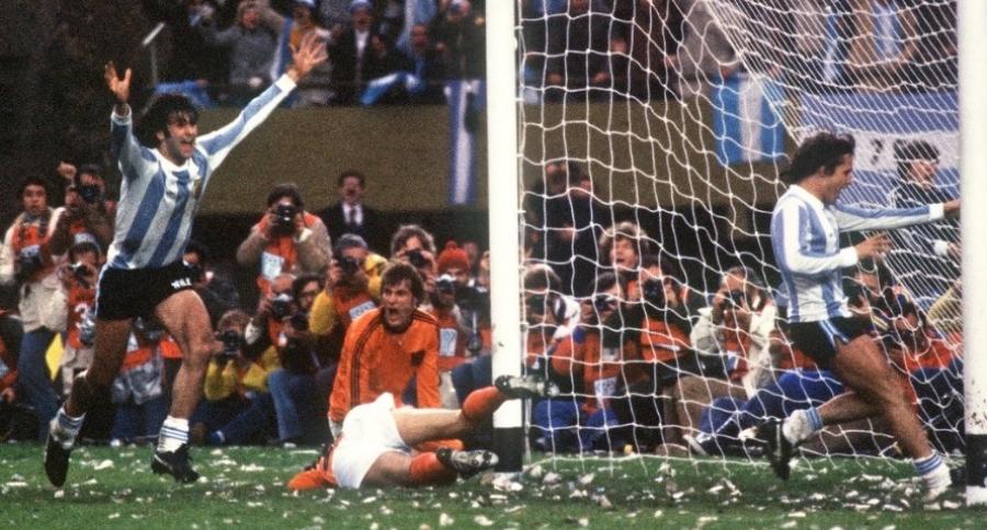 Gol de Kempes en final del Mundial Argentina 78