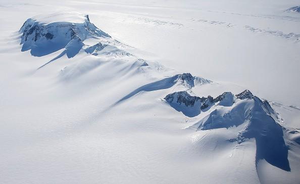 Descubren 91 volcanes en la Antártida