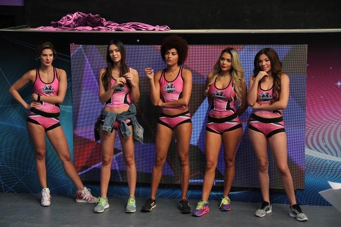 Claudia Castro, Thael Osorio, Estefanía Caicedo, Paola Usme, y Luisa Cortina, participantes de 'Guerreros' de Canal 1.