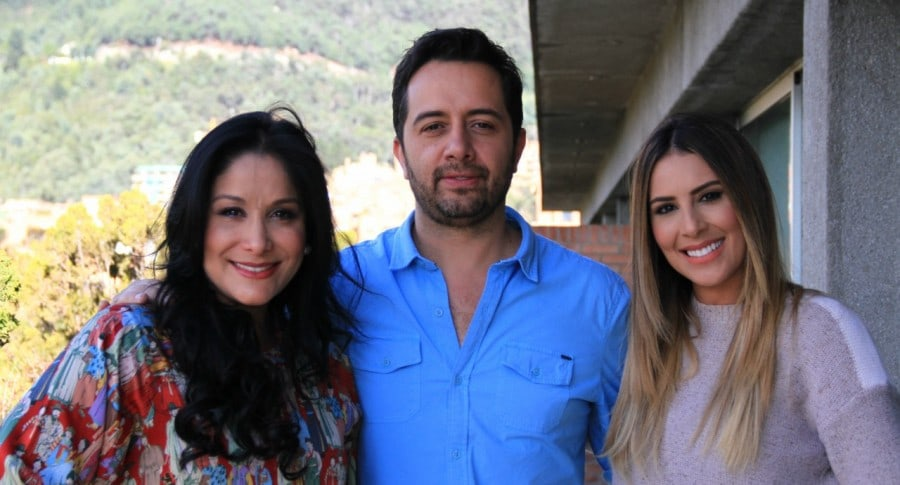 Carmen Larrazabal, Carlos Marín y Carolina Soto.