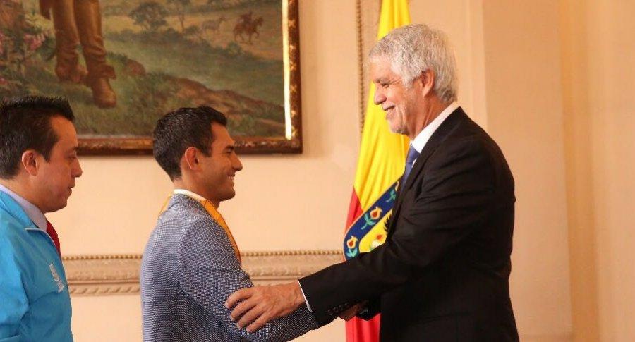 Éider Arévalo y Enrique Peñalosa