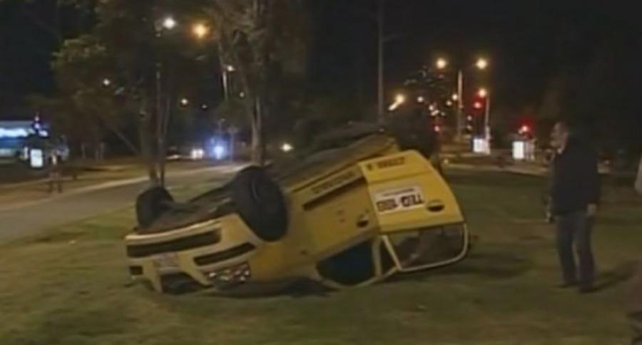 Taxi accidentado en el norte de Bogotá