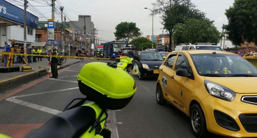 Escena del lugar donde ocurrió el trágico accidente de Tránsito