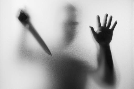 Hombre con cuchillo
