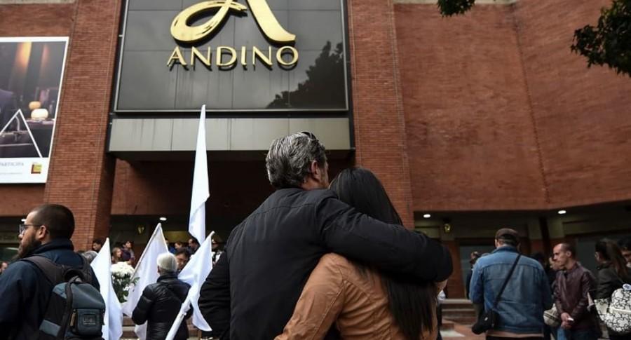 Atentado en Centro Andino