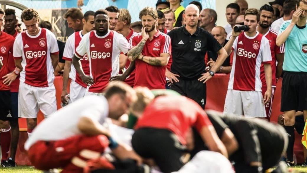 Jugador Ajax desmayo