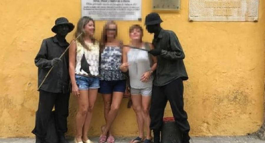 'Estatuas humanas' del robo