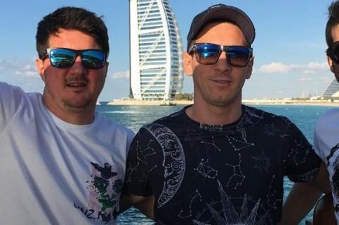 Lionel Messi y sus hermanos
