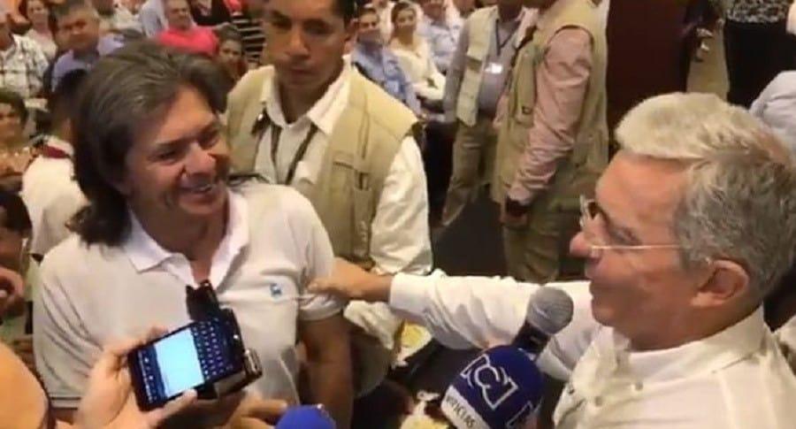 Reconciliación de Uribe con el fotógrafo Fernando Herrera
