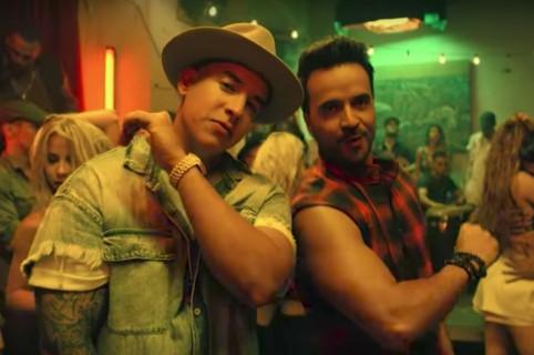 Daddy Yankee y Luis Fonsi en el video de 'Despacito'. Pulzo.