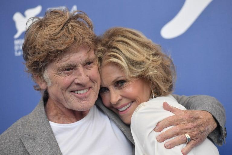 Robert Redford y Jane Fonda en el Festival de Venecia. Pulzo.