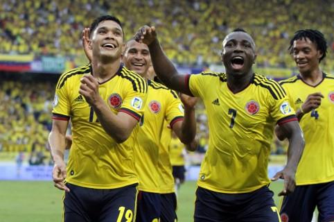 Teófilo Gutiérrez, Macnelly Torres, Pablo Armero y Juan Guillermo Cuadrado. Pulzo.