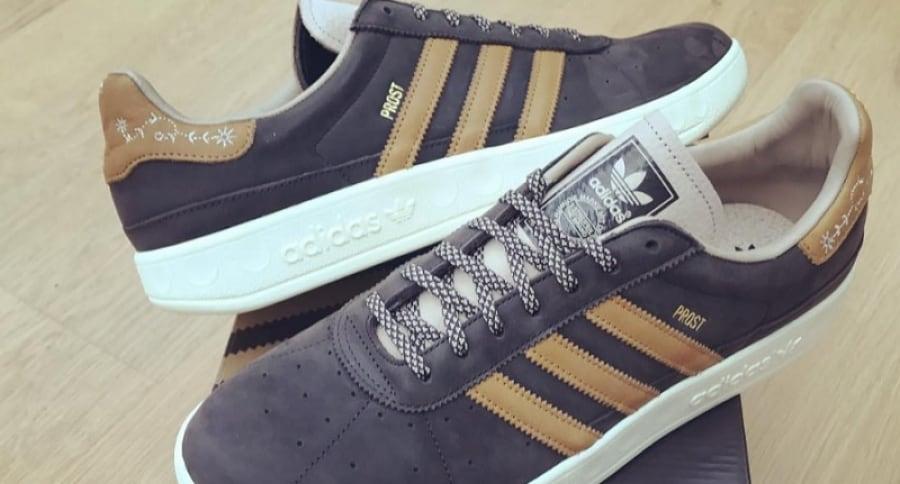 Tenis Adidas contra vómito y cerveza