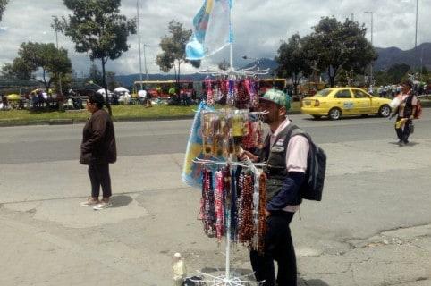 Vendedores ambulantes por visita dle papa Francisco