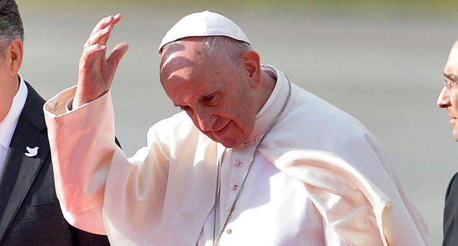 Papa Francisco a su llegada a Bogotá