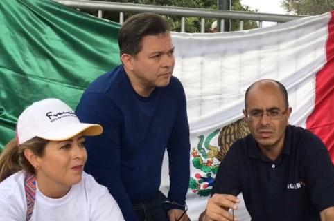 Mexicanos visitan al papa en Bogotá.