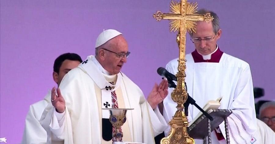 Papa Francisco en su homilía en Bogotá