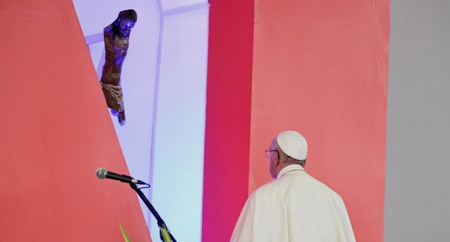 Papa Francisco, frente al Cristo de Boyacá