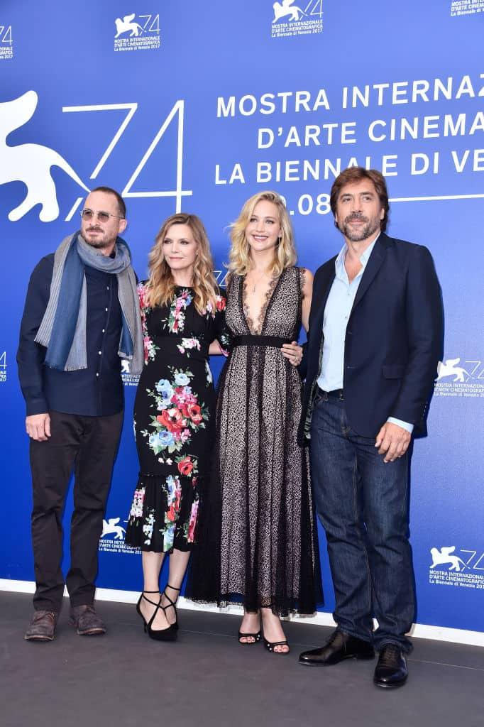 Darren Aronofsky , Michelle Pfeiffer, Jennifer Lawrence y Javier Bardem