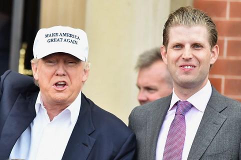 Donald Trump y su hijo Eric Trump