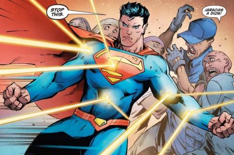 Supermán protege a migrantes