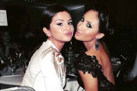 Selena Gomez y Francia Raisa