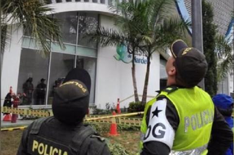 Policías en el lugar del accidente