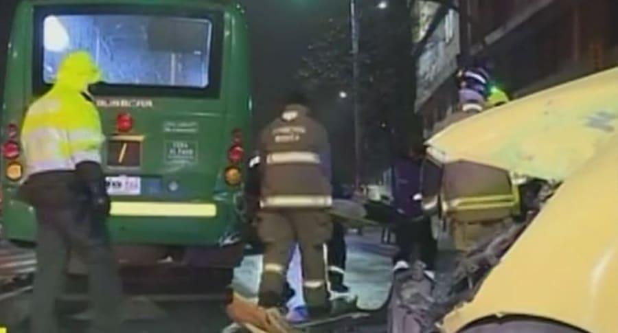 Accidente entre taxi y bus del SITP