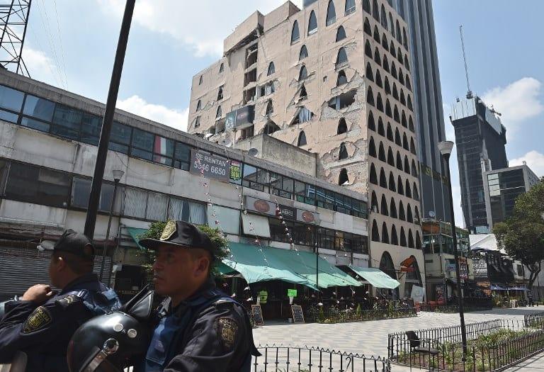 Edificio en Ciudad de México tras terremoto. Pulzo.