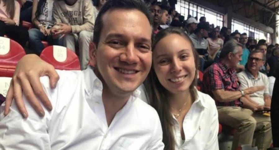 Senador Alfredo Ramos y su esposa Juliana Hernández