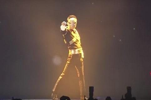 Jack Ma, presidente de Alibaba, bailando como Michael Jackson. Pulzo.