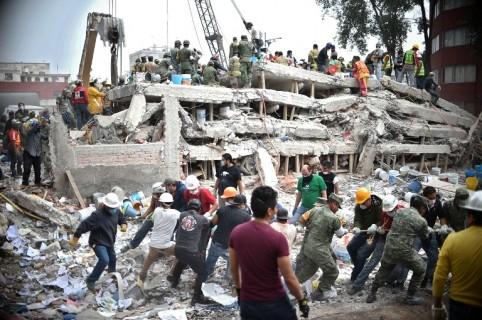 Rescatistas en México
