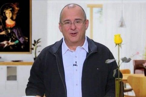 Jota Mario Valencia, presentador de 'Muy buenos días'.