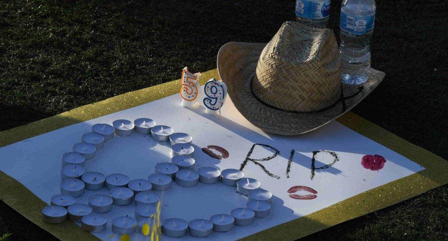 Homenaje a las víctimas del tiroteo en La Vegas