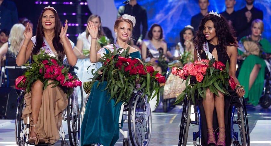 Miss Mundo en silla de ruedas