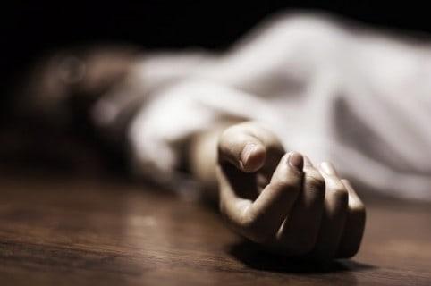 Cadáver de una mujer. Pulzo.