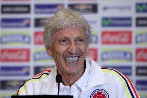 Pekerman ofrece una conferencia de prensa en Perú