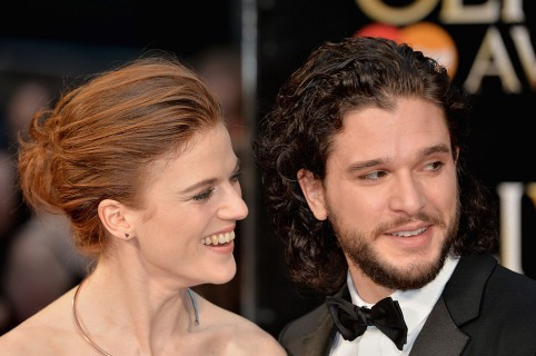 Rose Leslie y Kit Harington. Pulzo.