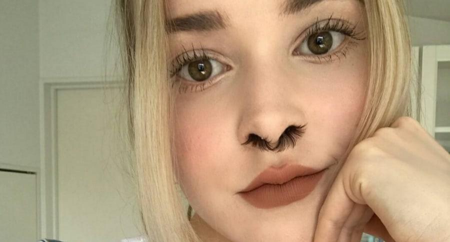 Moda extensiones de pelos para la nariz