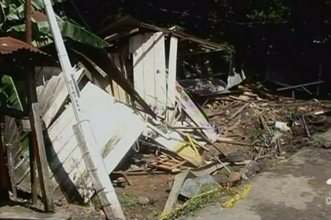 Casa destruida tras choque de tractomula en Cimitarra, Santander. Pulzo.