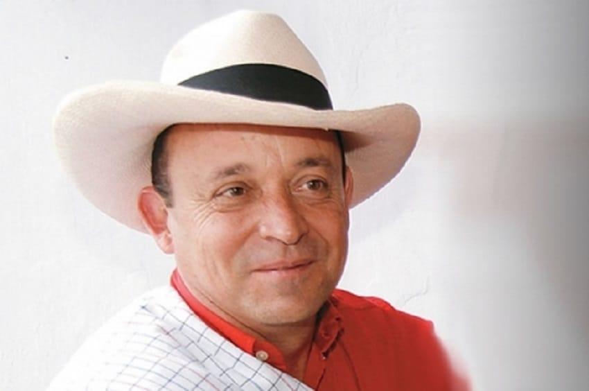 Niegan tutela a Santiago Uribe