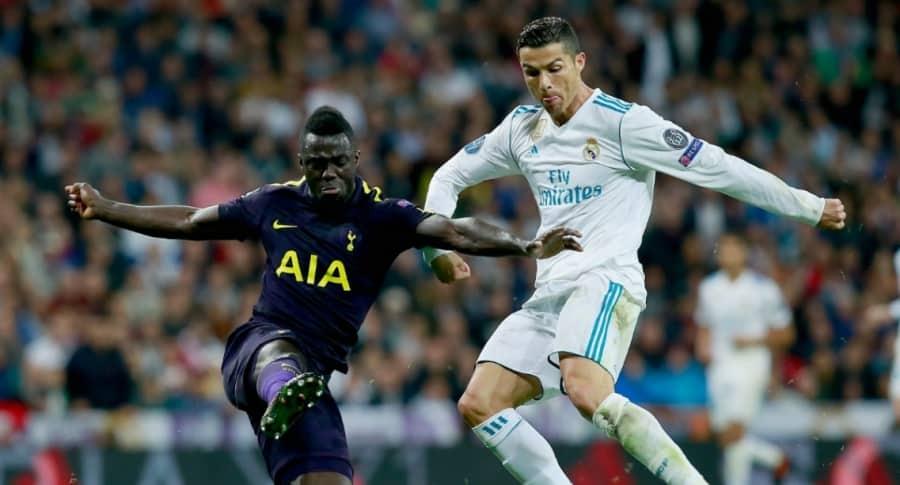 Dávinson Sánchez y Cristiano Ronaldo